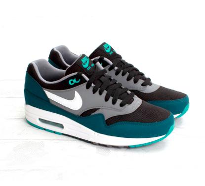 Kicks: Nike Air Max 1 Essential Black Mid Turquoise
